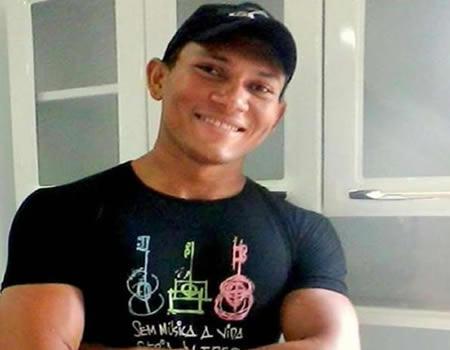 Foto de José, estudante que está estado grave devido ter corpo queimado – Foto: Facebook