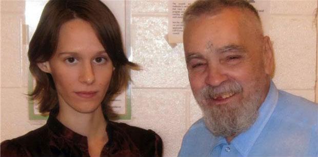 jovem-de-25-anos-vai-se-casar-com-assassino-de-79