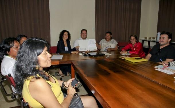Governo assume compromisso de melhorias para comunidades indígenas. (Foto: Gleilson Miranda)