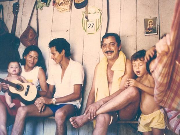 Chico Mendes em momento de descontração com a família (Foto: Arquivo Pessoal)